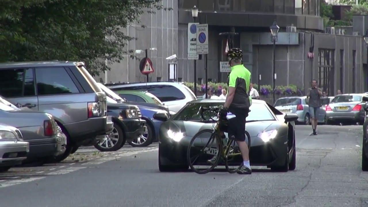 Cyclist Annoys Lamborghini Aventador Driver