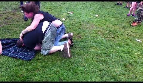 Fight at Mayhem Festival August 2012 /15M-PD2-010