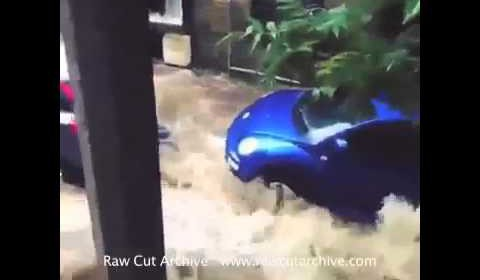 Flash Flooding Caught on Camera in Tormorden West Yorkshire