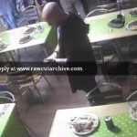 Customer releases rat in cafe /15C-PD101-029