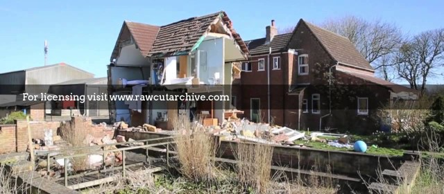 House destroyed in gas blast /15G-PD101-034