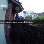 Police Batter Down Drug Dealers Door /15I-PD101-049