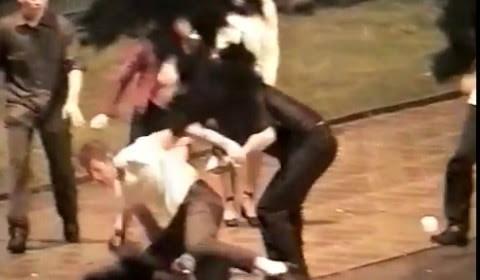 CCTV – Yobs Brutal Attack In Park
